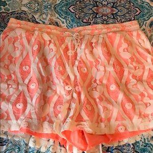 Super fun coral and cream shorts 22/24